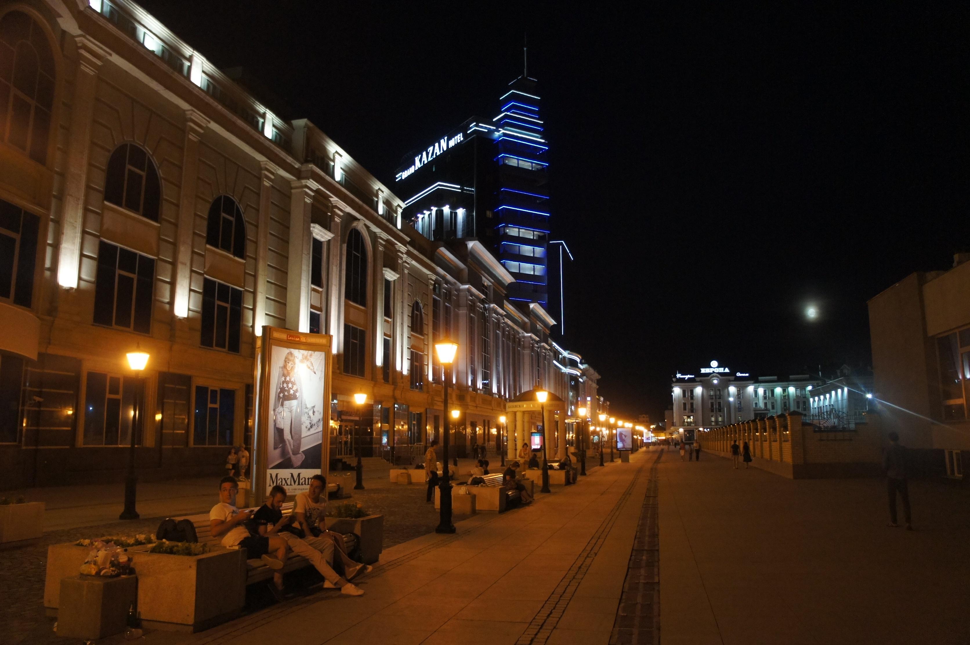 中心街夜1