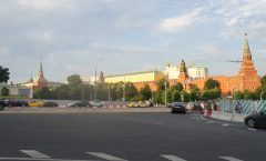 Moscow Sightseeing-Summer Edition Changing of the Guard and Alexander Garden