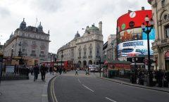 〜從倫敦旅遊 - 皮卡迪利廣場到國王十字