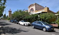 "The endpoint small country town ""ruler of the Blue Mountains tourism(Leura)』"